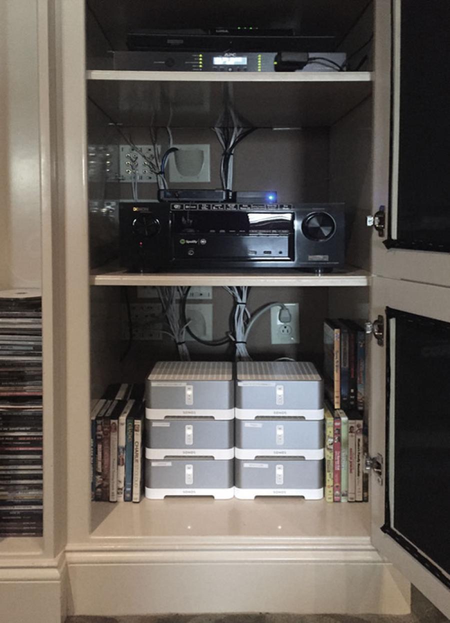 cobb_web_home_cinema_av-rack_650x900.jpg