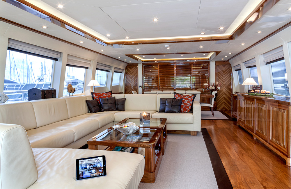dragon-yacht_web_2_1000x650.jpg