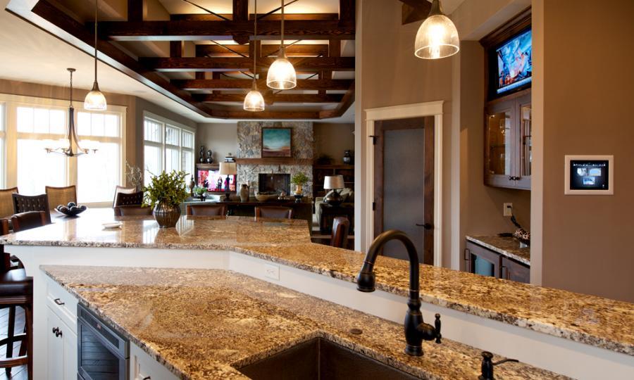 kitchendining1.jpg