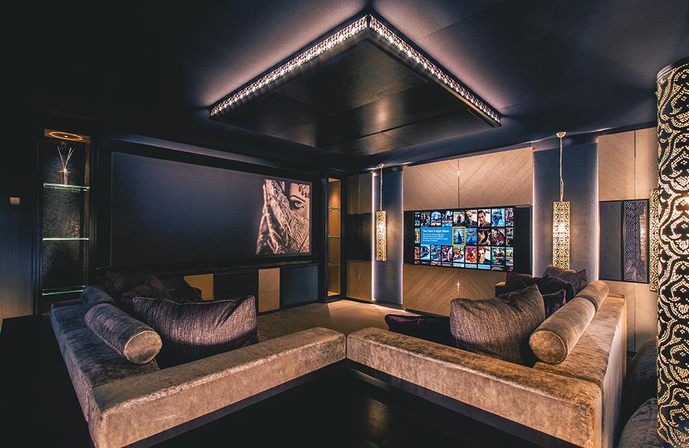 pulse-cinemas-showroom_web-1_1000x650.jpg