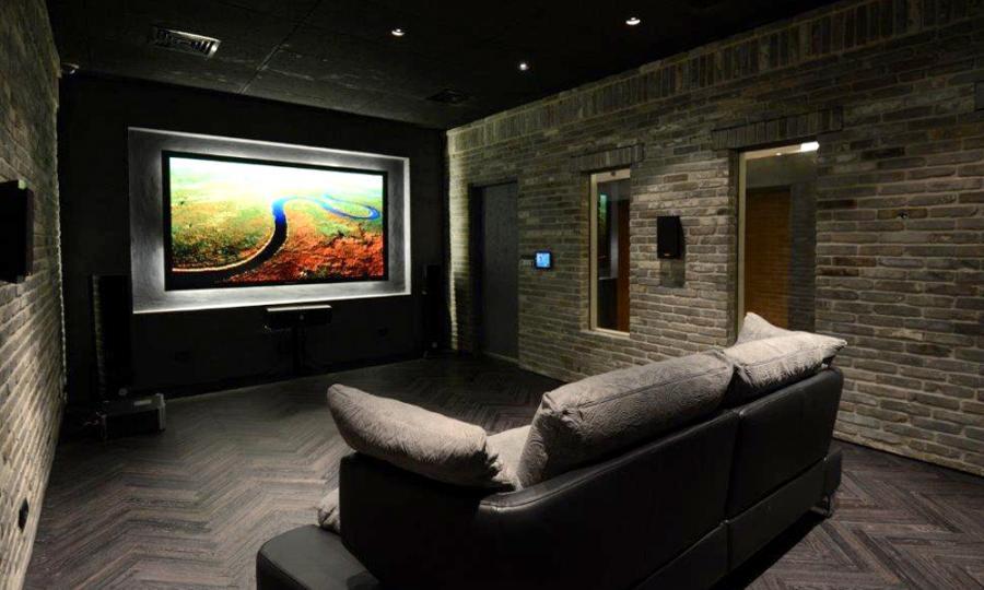 theater2_2.jpg