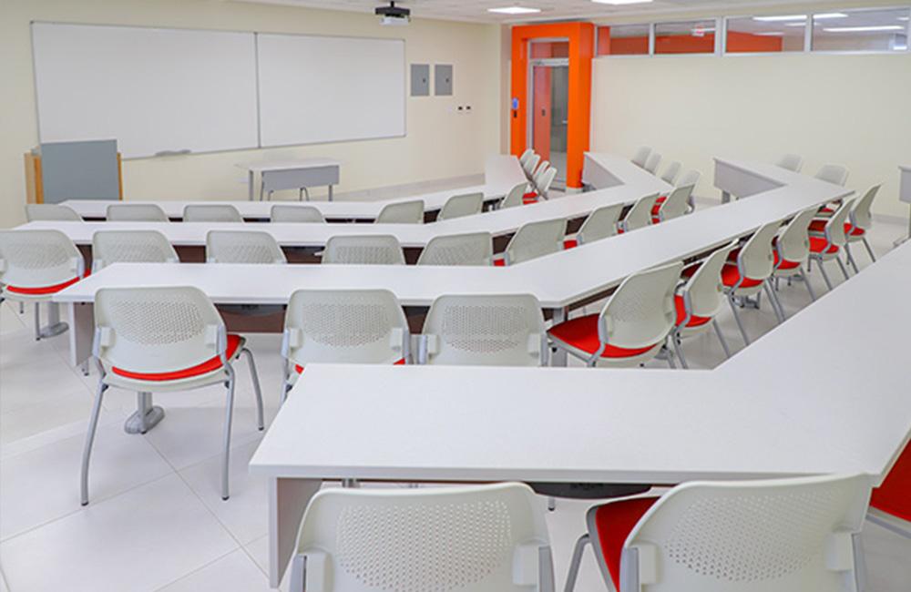 university-santiago-de-los-caballeros_3_web_1000x650.jpg